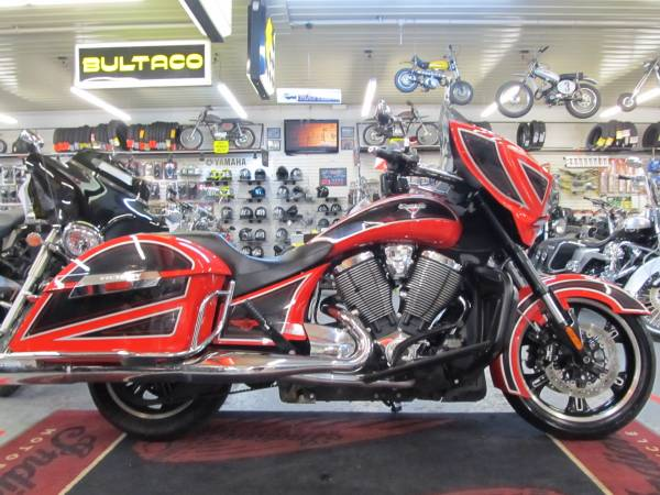 Photo 2014 Victory Cross Country Ness (Steeles Cycle Buy,Sell,Trade,Consign) - $7,499 (Englewood)