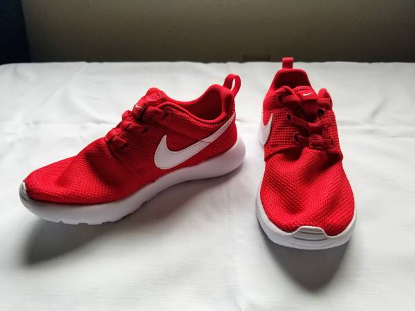 Photo Boys Red Nike Running Shoes (Size 1Y) - $5 (Pueblo)