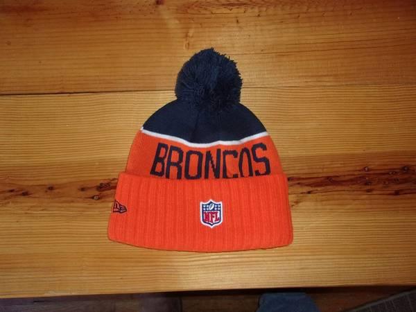 Photo Denver Broncos knit hat BRAND NEW - $10 (Canon City)