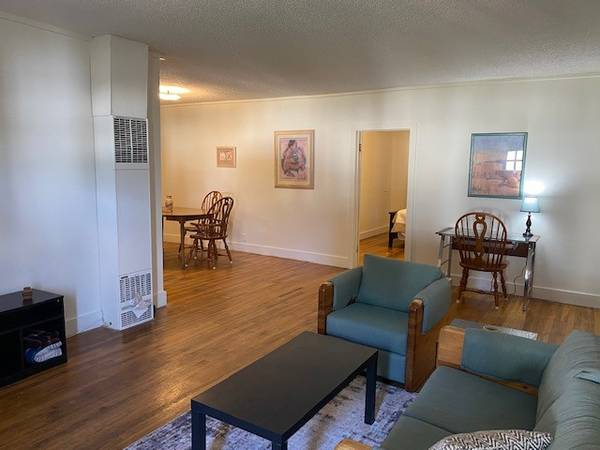 Photo Furnished Adorable Apartment (Canon City)