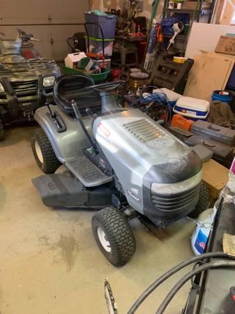 Photo Garage Kept Riding Lawn Mower - $750 (Westcliffe)