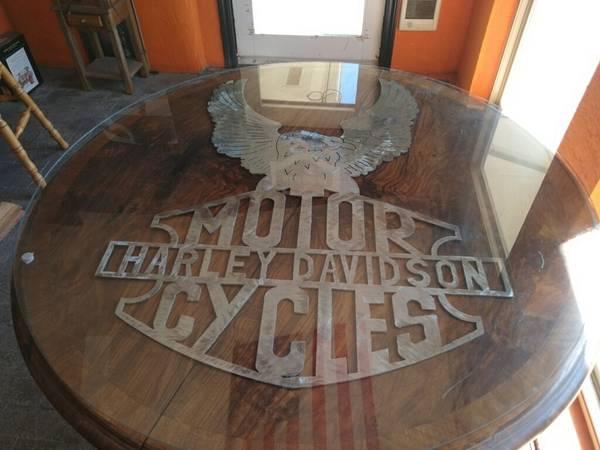 Photo Harley Davidson Table - $450