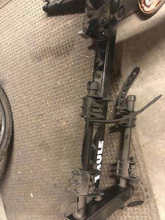 Photo Thule bike hitch rack - $100 (Pueblo)