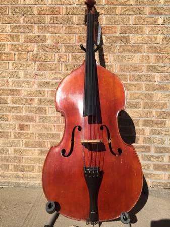 Photo Vintage fully-carved small upright bass - $3,500