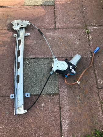 Photo 2001-2005 Honda Civic door window electric motor - $70 (Spokane)