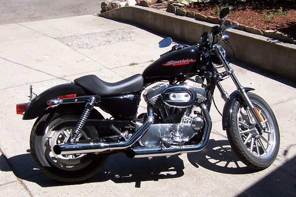 Photo 2005 Harley Sportster 883 - $4,000 (La Grande)