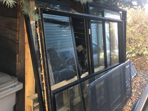 Photo Glass doors (Pullman)