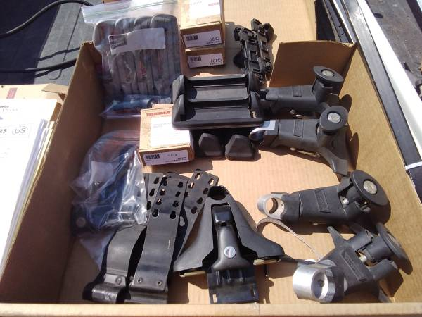 Photo Yakima roof rack components - $1 (Moscow)