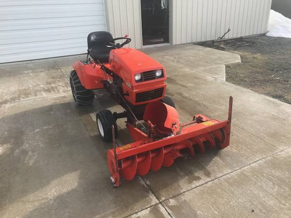 Photo ariens tractor with snow blower - $3000 (deary)