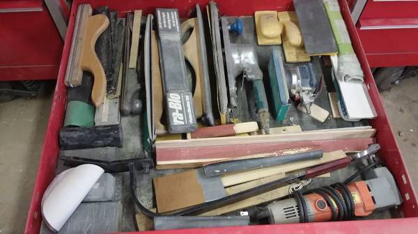 Photo big snap on box full of tools some mac macto selling all retiring got over 4500 - $20,000 (Newport wa just moved here from Montana trie)
