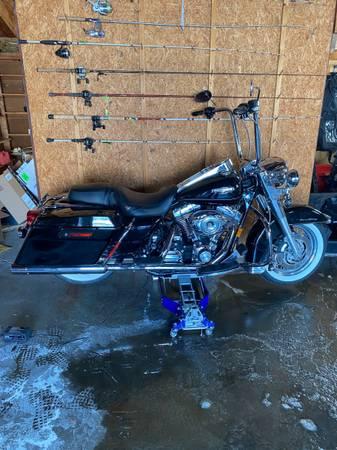 Photo 07 Harley Davidson Road King Classic - $10,000 (Clinton)