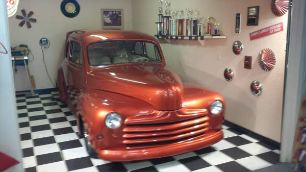 Photo 1947 Ford Coupe street rod - $27,000 (Dubuque, IA)
