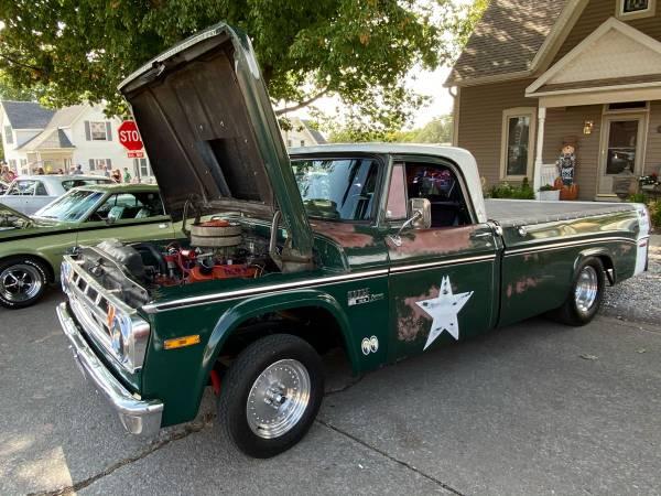 Photo 1970 Dodge D100 Arizona Truck  - $10,000