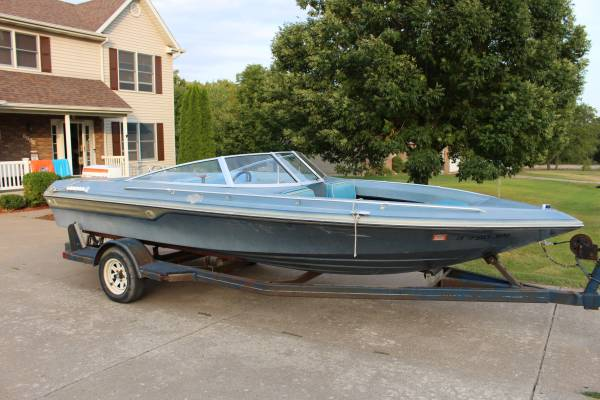 Photo 1981 Baja Open-Bow Speed Boat - $3,400 (Muscatine)