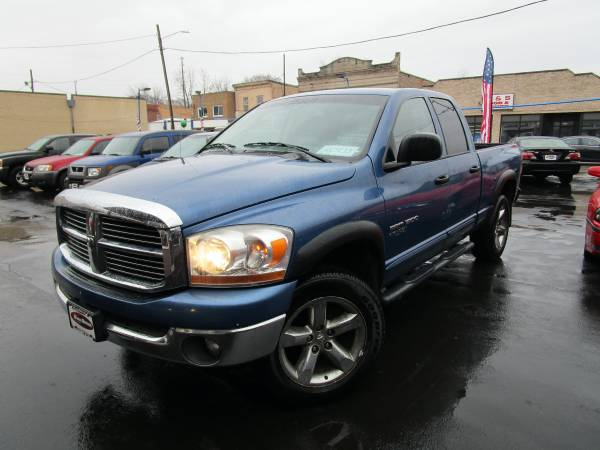 Photo 2006 Dodge Ram 1500 BIG HORN4 DOOR CAB4X4TOW PACKAGE,  - $4650 (WHY SPEND MORE SOMEWHERE ELSE)