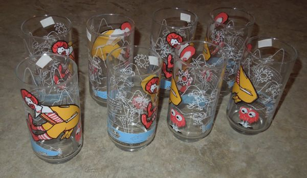 Photo 8 Mint Condition McDonalds quotRonald McDonaldquot Glasses - $25 (Bettendorf)