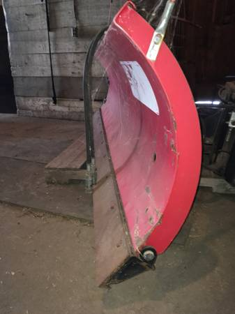 Photo Boss 939 Snowplow skid steer snow plow attachment - $3,000 (Taylor Ridge IL)