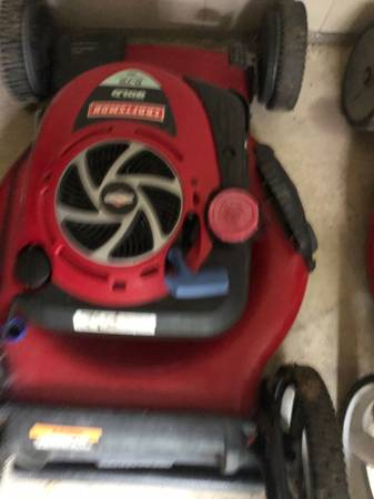 Photo Craftsman lawn mower for parts - $45 (ROCK ISLAND)