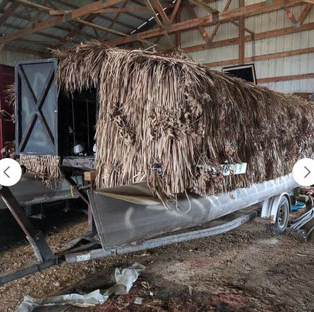 Photo Duck blind pontoon boat with trailer - $5,500 (Sublette, IL)