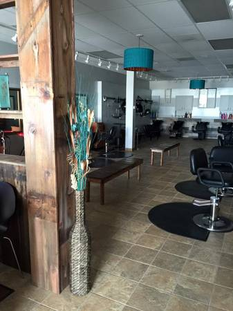 Photo Hair Salon Business and Equipment (Bettendorf, IA)