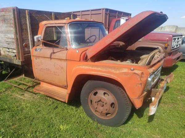 Photo Parting 1963 Ford grain truck - $1,234 (Annawan IL)