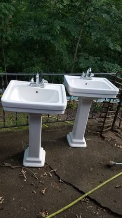 Photo Pedestal sinks - $75 (East Moline)