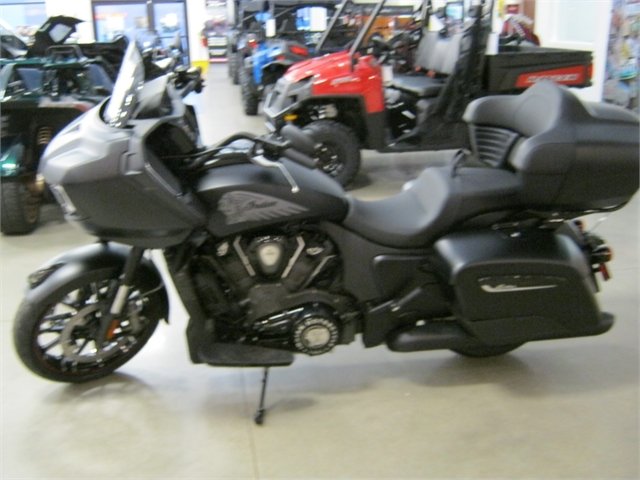 Photo 2021 Indian Motorcycle Challenger Dark Horse with Trunk $32334
