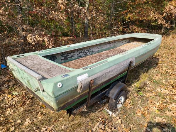 Photo 1973 Terry Bass Boat for duck goose hunting conversion - $1,900 (Drake)