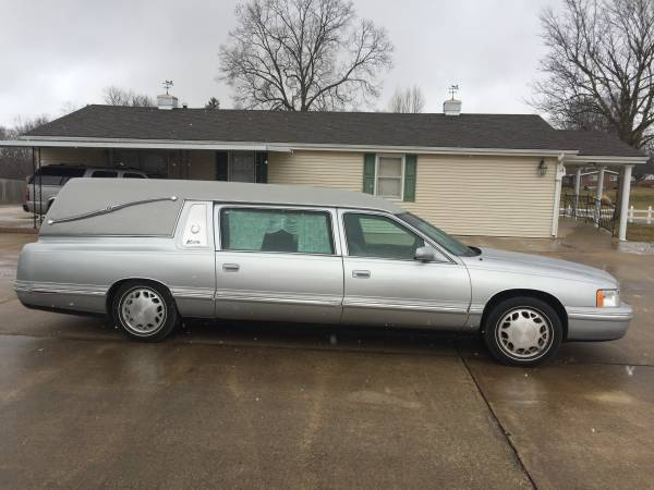 Photo 1997 Cadillac Hearse low miles - $8,000 (Barry)