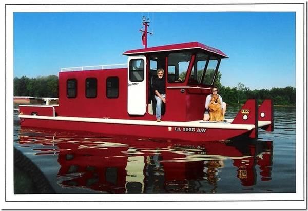 Photo 2004 Custom Built 2839 PleasureTowTug - $50,000 (West Burlington)