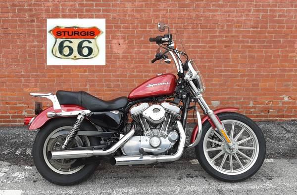 Photo 2005 Harley Davidson Sportster 883 xL - $3,499 (O39Fallon)