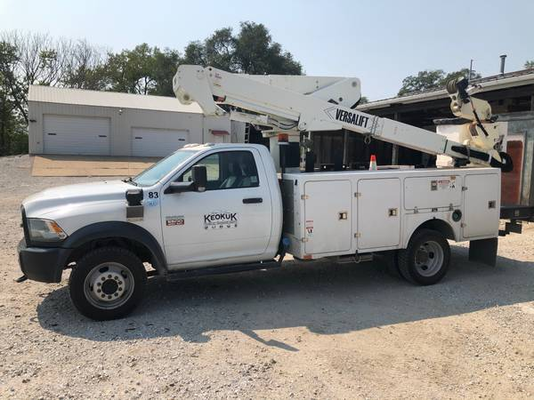 Photo 2012 Dodge Ram 5500 Bucket Truck - $40,000 (Keokuk)