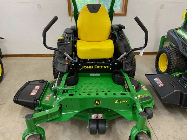 Photo 2021 Z915E John Deere Zero turn mower 50 hrs 54 7-iron deck - $8,600 (Newton)