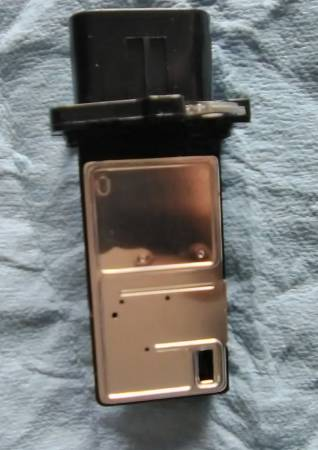 Photo Brand new Mass Air Flow Sensor, Buick,chevy,GMC,hummer,Kia, and more. - $25 (St. Charles)