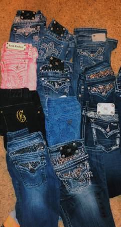 Photo Miss me jeans, buckle jeans, guess jeans, never worn - $25 (Millstadt)