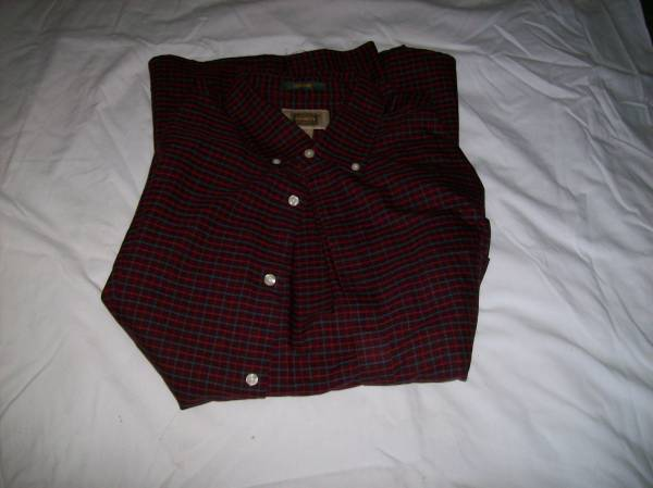 Photo NEW MAROON-PRINT MEN39S SHIRT---XLT (Extra-LargeTall) - $10 (St. Louis County)
