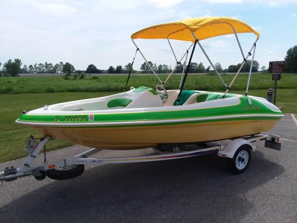 Photo RARE Sea Ray 175 sport jet boat mint condition
