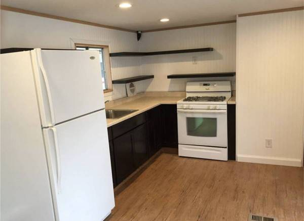 Photo Rent-to-own a Mobile Home in a quiet community (Macomb)