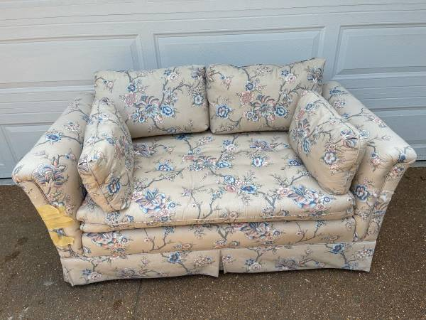 Photo Two Seat CouchLove Seat - Free (Clayton)