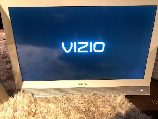 Photo Vizio 26 razor tvmonitor - $75 (Affton)
