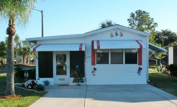 Photo Winter home - Park model for Sale (North Fort Myers)