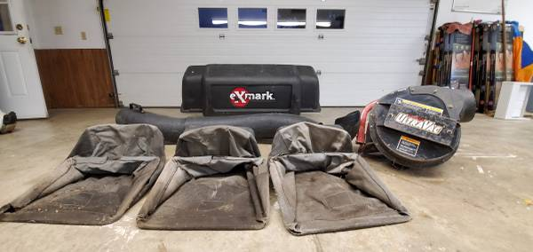 Photo eXmark Leaf and Grass Bagger - $550 (Quincy)