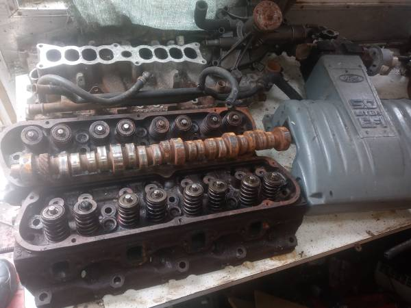 Photo 1988 ford mustang parts - $500 (Racine)