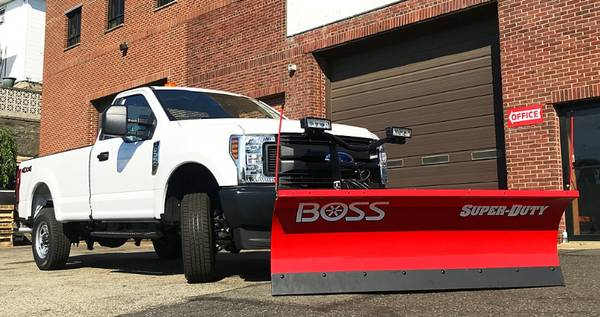 Photo 1-OWNER  F25O SUPERDUTY  BOSS SNOW PLOW - $18,999 (ULTRA CLEAN  GARAGE KEPT  LOW MILES  1-OWNER)