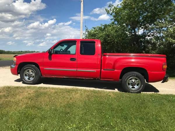 Photo 2003 GMC SIERRA 1500 EXT CAB TRUCK SHORTBOX STEPSIDE - $3400 (Burlington)