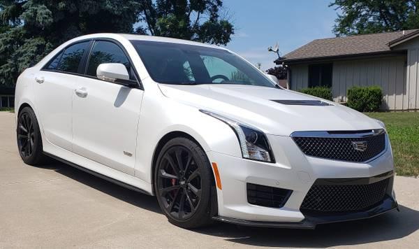 Photo 2016 Cadillac ATS-V - $41000 (Racine, WI)