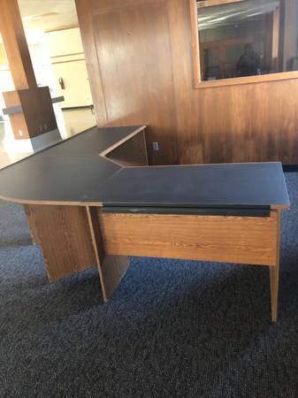 Photo 3-piece U-shaped Laminate Desk - $300 (Kenosha)