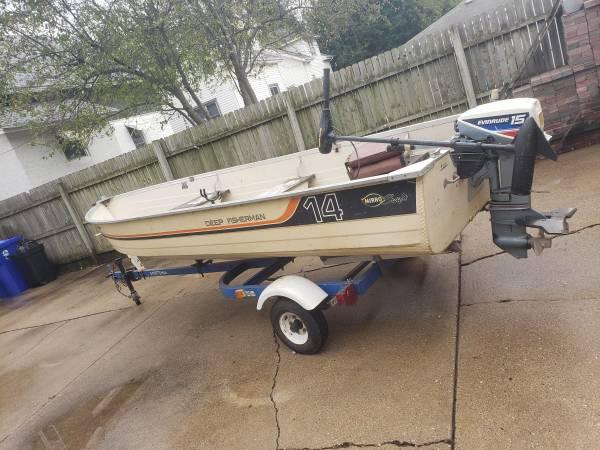 Photo Deep Fisherman Mirrocraft Boat - $1,200 (Kenosha)