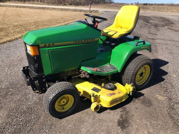 Photo John Deere 445 AWS Garden Tractor - $2,900 (Bristol)