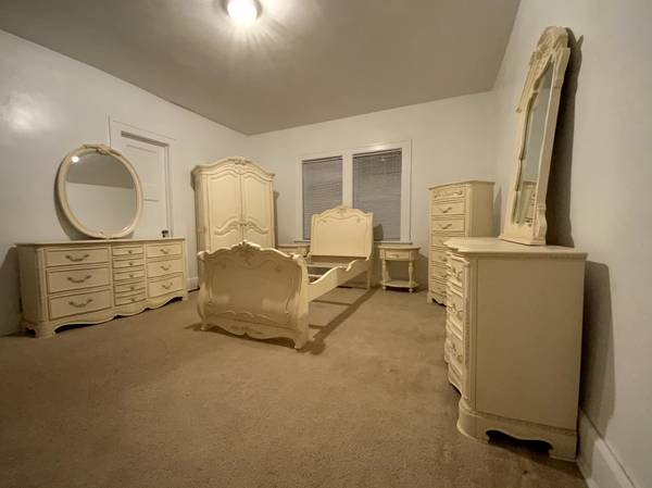 Photo Lea Jessica McClintock Bedroom Set - $4,000 (Racine)
